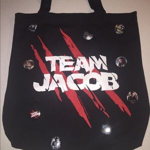 Twilight Team Jacob Tote Bag w 18pins included